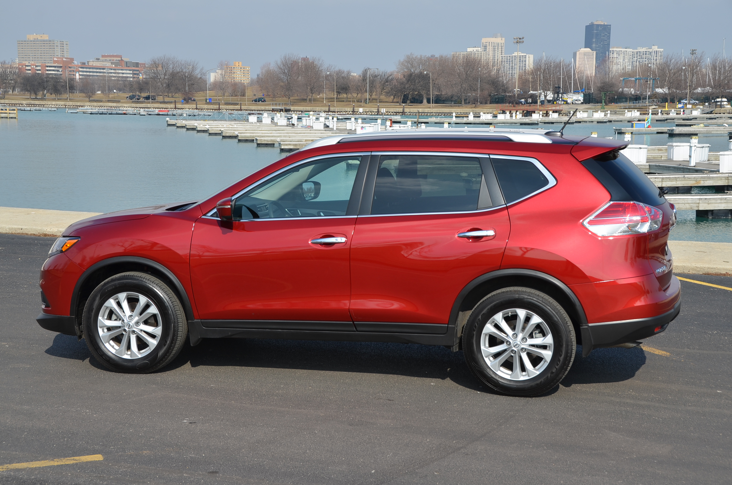 nissan rogue hd jade zoom news the midnight overview view wheel side